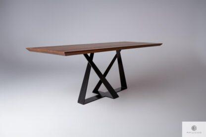 Stół z drewna dębowego na metalowej podstawie BORNEO
