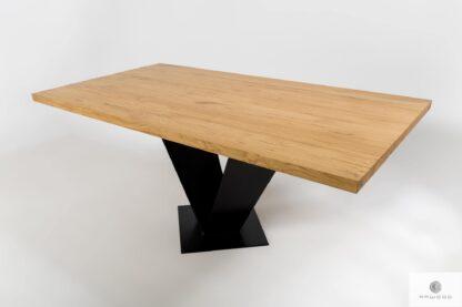 Stół dębowy z czarną metalową nogą do jadalni TOSCA