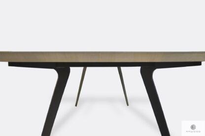 Stół z blatem z dębowego drewna litego na metalowych nogach VITA
