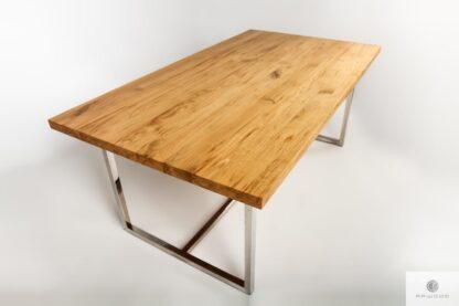 Stół z dębowym blatem z litego drewna na metalowych nogach PASAT