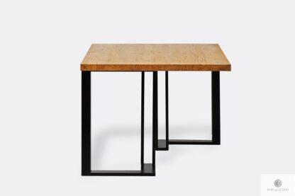 Stół z drewnianym blatem metalowymi nogami SNAKE