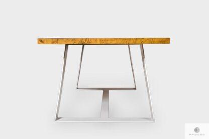 Stół z drewnianym blatem na metalowych nogach do jadalni MERE