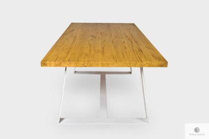 Stół z naturalnego dębowego drewna litego na metalowych nogach MERE