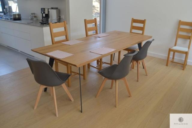 Dębowy stół industrialny na wymiar do salonu VITA