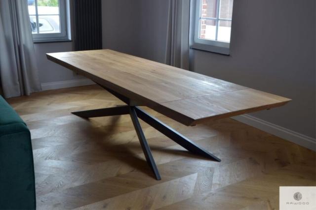 Stół dębowy z metalowymi nogami X do salonu DEVON