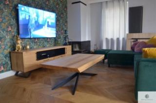 Szafka RTV dębowa w industrialnym stylu JORGEN i stolik kawowy dębowy industrialny DEVON