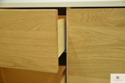 Komoda szafka RTV z drewna litego debowego do salonu ADEO III Producent Mebli RaWood Premium Furniture