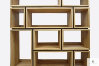 Regał na książki z dębowego drewna do salonu LIVO