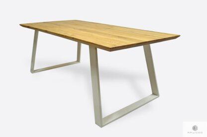 Industrialny stół dębowy z białymi metalowymi nogami do salonu CALLA II