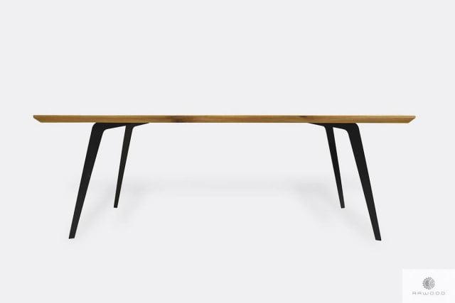 Stół dębowy z metalowymi nogami z litego drewna do jadalni VITA II