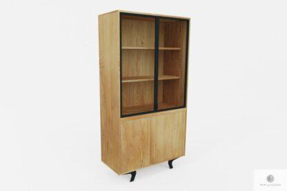 Dębowa witryna industrialna z półkami do salonu gabinetu VITA