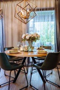 Ekskluzywne nowoczesne meble do salonu – stół okrągły