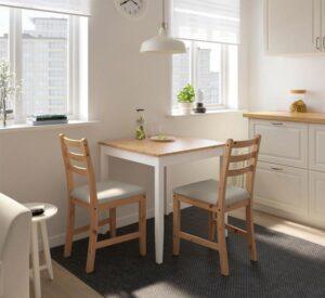 Małe stoły do kuchni i salonu – wersja ekonomiczna